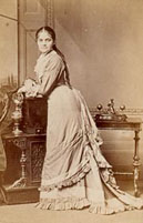 Victorian Lady - Photographer: Byrne & Co., Hill Street, Richmond, London. c.1883